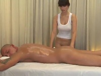 Big-Titted Masseur Is Having Her Client So Sensual